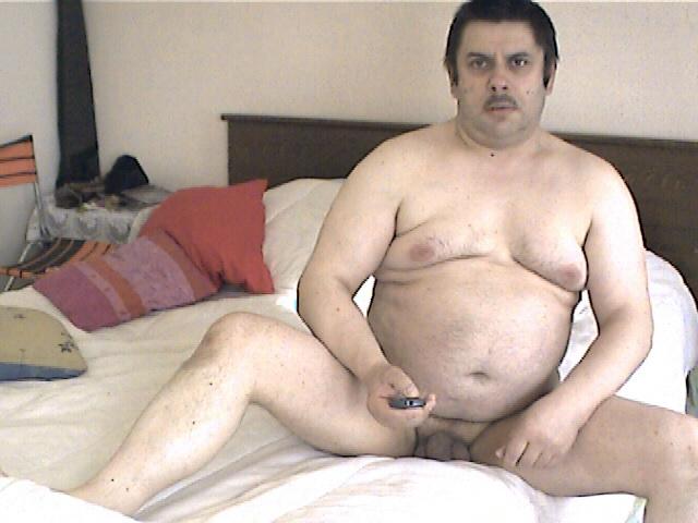 Moi nu dans le lit 008